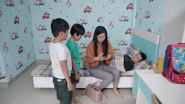 Gạo nếp gạo tẻ tập 70: Ghen với tình mới của Lê Phương, chồng cũ bị nhận hình phạt cấm thăm con-6