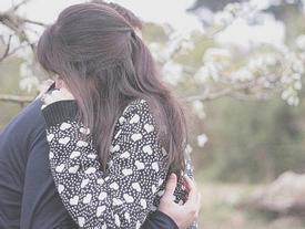 Nhân lúc chúng ta còn chưa già, em sẽ mặc kệ tất cả để yêu anh
