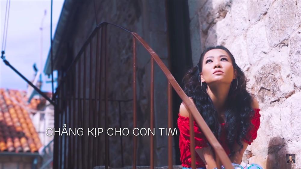 Thu Minh đích thị là đại gia Vpop khi chi bộn tiền làm clip chỉ để... hát karaoke-6