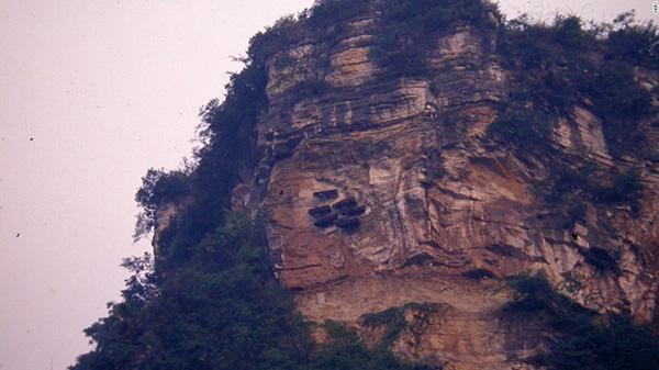Giải mã bí ẩn tục huyền táng ở Trung Quốc-6