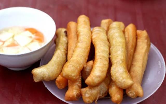 Quán bánh gối, quẩy nóng giòn rụm cho ngày mưa lạnh ở Hà Nội-2