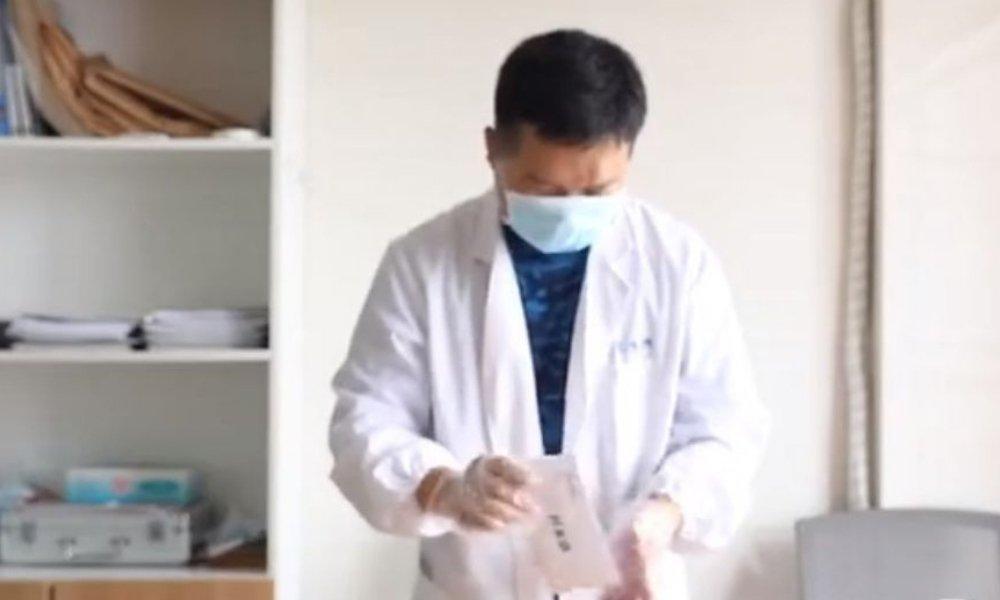 Cô gái yêu cầu 5 người đàn ông xét nghiệm ADN để tìm cha cho con-1