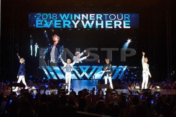 YG khiến fan tức giận vì lại nhầm lẫn Winner và iKon-1