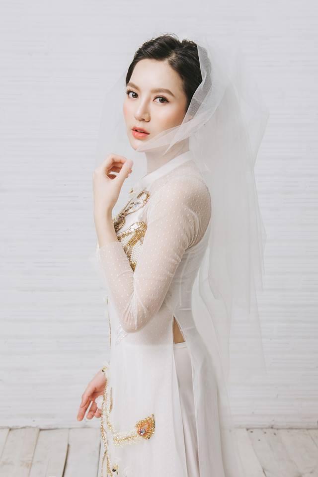 Tròn 4 tháng ở cữ nuôi con, hotgirl Tú Linh tái xuất rạng rỡ như em chưa 18 trong bộ ảnh áo dài thướt tha-3