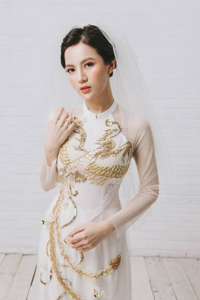 Tròn 4 tháng ở cữ nuôi con, hotgirl Tú Linh tái xuất rạng rỡ như em chưa 18 trong bộ ảnh áo dài thướt tha-5