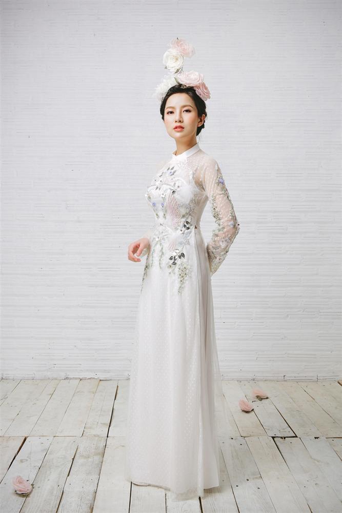 Tròn 4 tháng ở cữ nuôi con, hotgirl Tú Linh tái xuất rạng rỡ như em chưa 18 trong bộ ảnh áo dài thướt tha-7