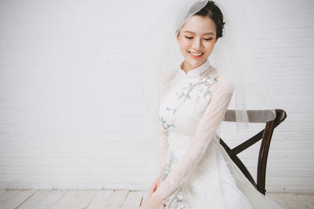 Tròn 4 tháng ở cữ nuôi con, hotgirl Tú Linh tái xuất rạng rỡ như em chưa 18 trong bộ ảnh áo dài thướt tha-6
