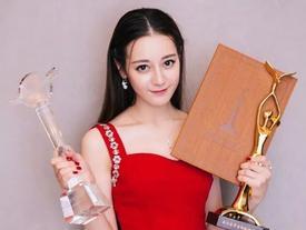 BẤT NGỜ: Điều tra nghi án Địch Lệ Nhiệt Ba mua giải Thị hậu Kim Ưng đình đám xứ Trung
