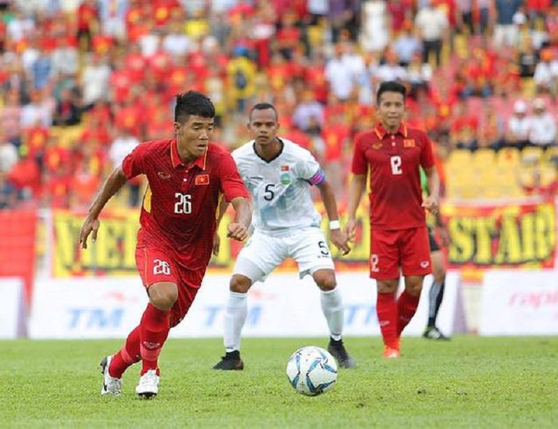 Hà Đức Chinh khoe đạt danh hiệu Cầu thủ xuất sắc, Đình Trọng vào thả tim khen handsome không ngớt-3