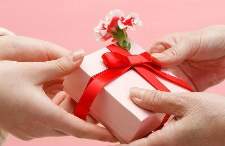 Ngoài hoa, đây là những món quà vô cùng ý nghĩa có thể dành tặng chị em nhân ngày 20/10-2
