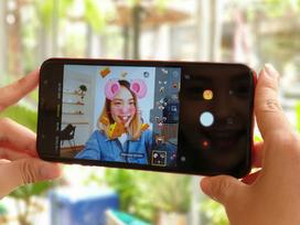 Galaxy J6+: Camera kép xóa phông ảo diệu trong tầm giá