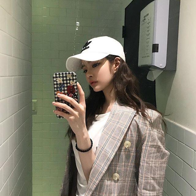 Bạn gái mới của Big Bang Seungri: Ngực khủng, body nóng rực mà sao dân mạng cứ chê ỏng eo quái vật thẩm mỹ-6