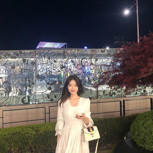 Bạn gái mới của Big Bang Seungri: Ngực khủng, body nóng rực mà sao dân mạng cứ chê ỏng eo quái vật thẩm mỹ-9