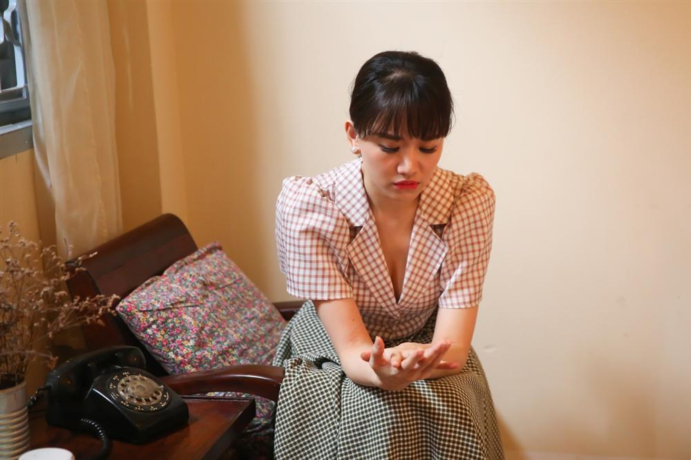 Đây là lời đáp trả của Hari Won sau khi bị Trấn Thành dọa cho ngủ ngoài phòng khách-5