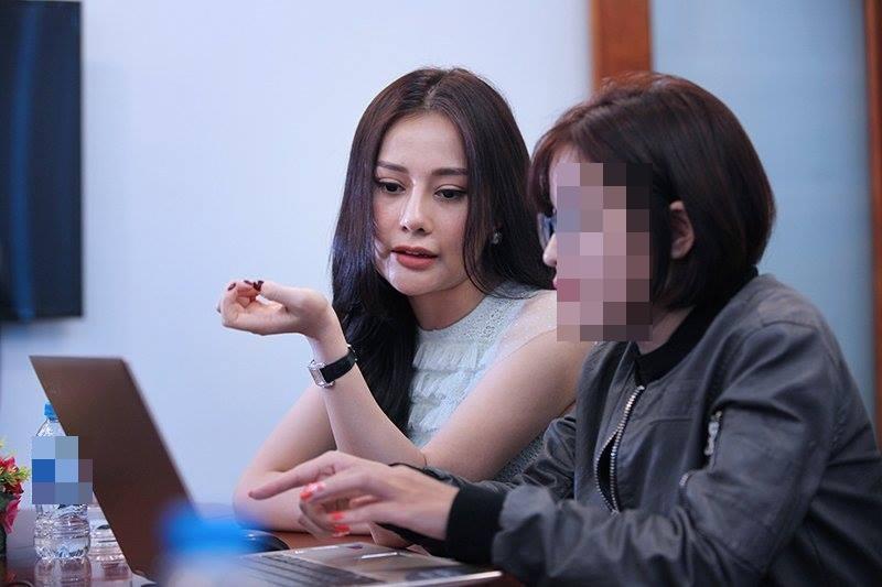 Những mỹ nhân Việt đạt giải GƯƠNG MẶT LẠ LẪM NHẤT NĂM 2018 vì nghi án thẩm mỹ-7