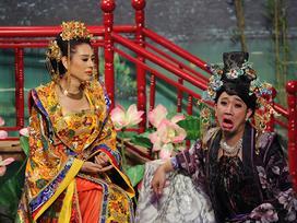 Tiết lộ bí quyết giữ gìn nhan sắc như gái đôi mươi, Lâm Khánh Chi khiến Trấn Thành khóc thét