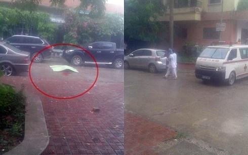 Người đàn ông nhảy từ tầng 8 chung cư xuống đất tử vong tại chỗ-1