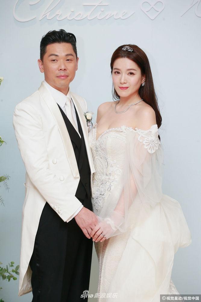 Hôn lễ ngọt ngào giữa Hoa hậu Trung Quốc và đại gia xấu xí bị ví như Người đẹp - quái vật đời thực-2