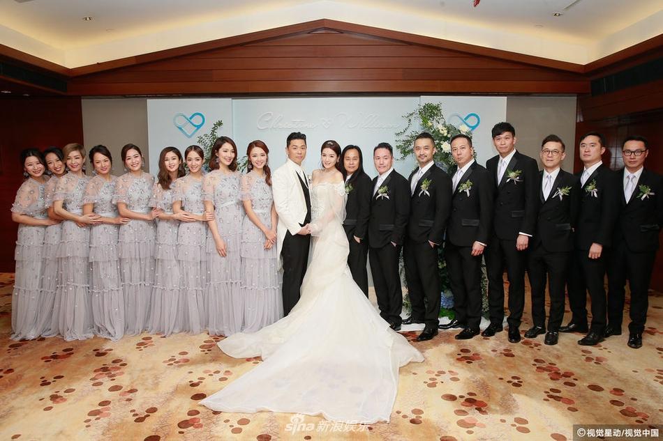Hôn lễ ngọt ngào giữa Hoa hậu Trung Quốc và đại gia xấu xí bị ví như Người đẹp - quái vật đời thực-9
