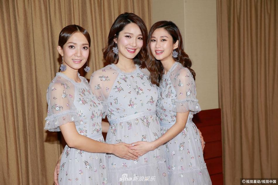 Hôn lễ ngọt ngào giữa Hoa hậu Trung Quốc và đại gia xấu xí bị ví như Người đẹp - quái vật đời thực-11