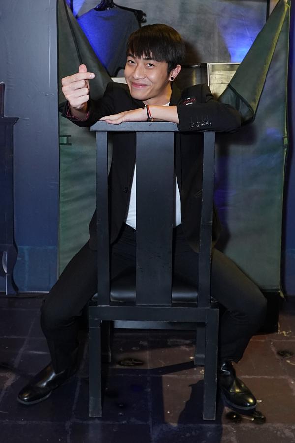 Thanh Duy rũ bỏ mái tóc hồng, Đàm Phương Linh - Thanh Tú cá tính tại showcase Lời kết bạn chết chóc-7