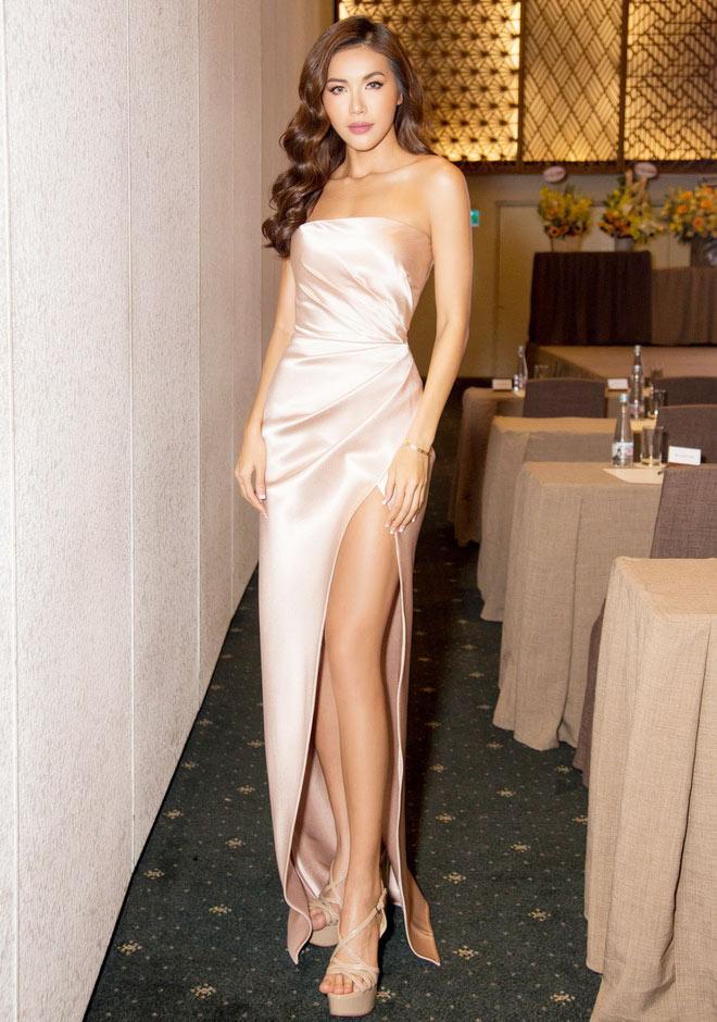 Đôi giày 1,9 triệu là thần may mắn của hoa hậu Tiểu Vy, HHen Niê-7