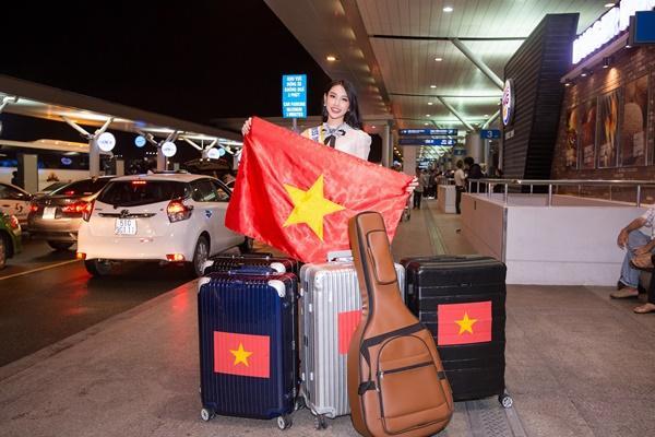 Nguyễn Thúc Thùy Tiên mang theo 110kg hành lý chinh chiến Miss International 2018-7