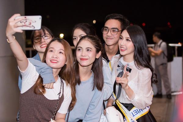 Nguyễn Thúc Thùy Tiên mang theo 110kg hành lý chinh chiến Miss International 2018-9