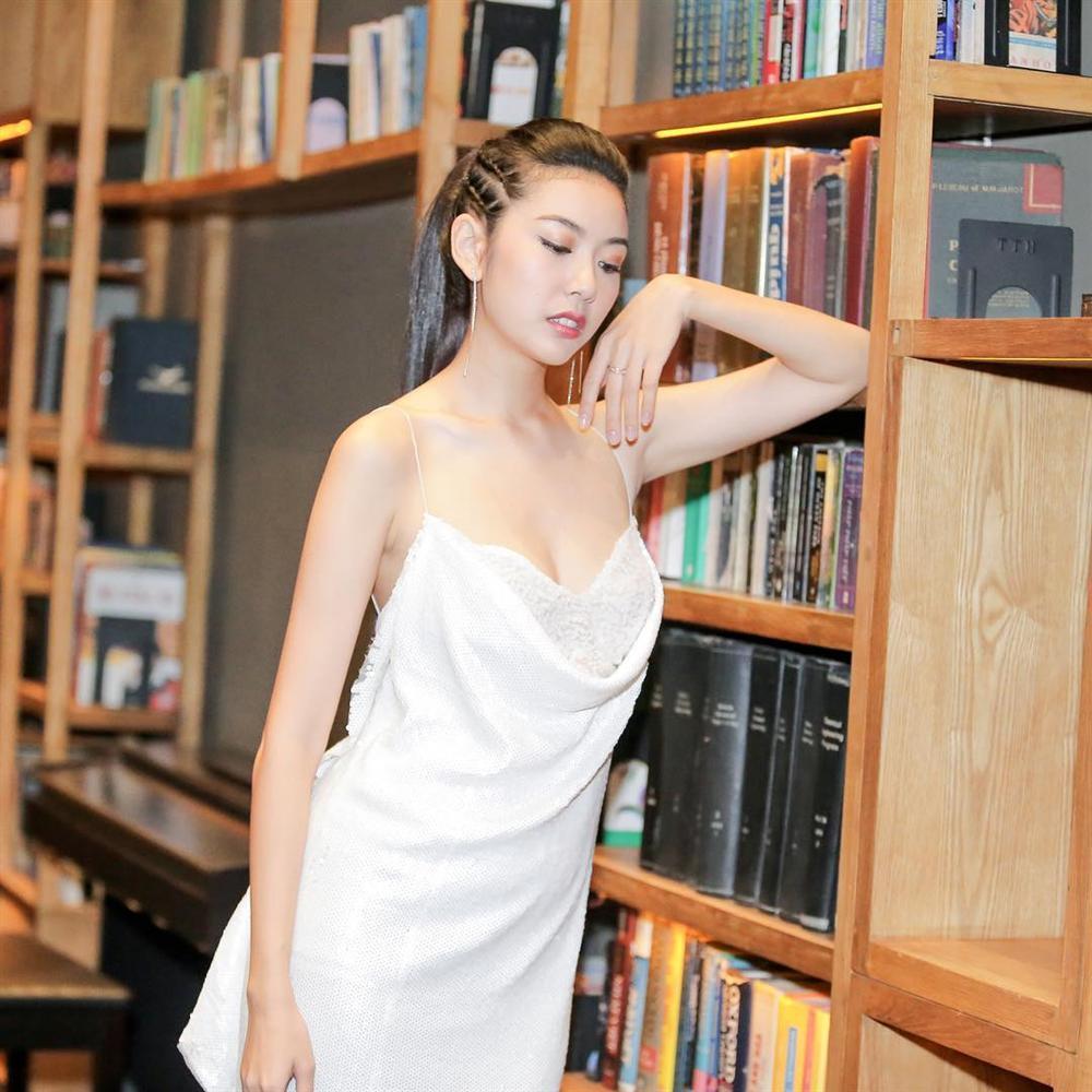 Có ai tin nổi đây là mẫu hậu của Angela Phương Trinh trong bức ảnh trẻ như bạn của con gái-10