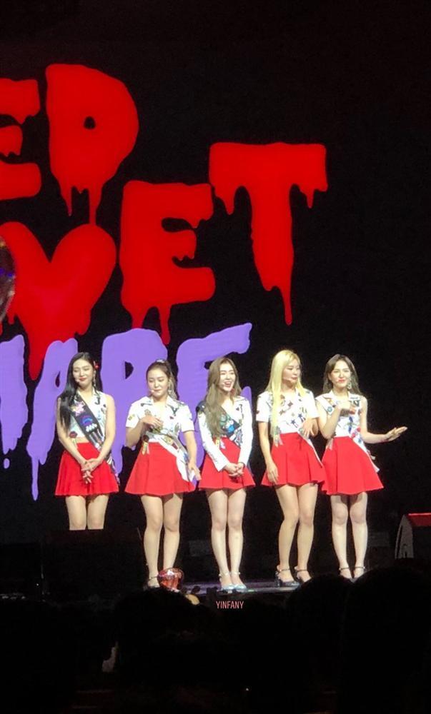 HOT: Joy (Red Velvet) nhập viện giữa concert tại Singapore vì chấn thương-1