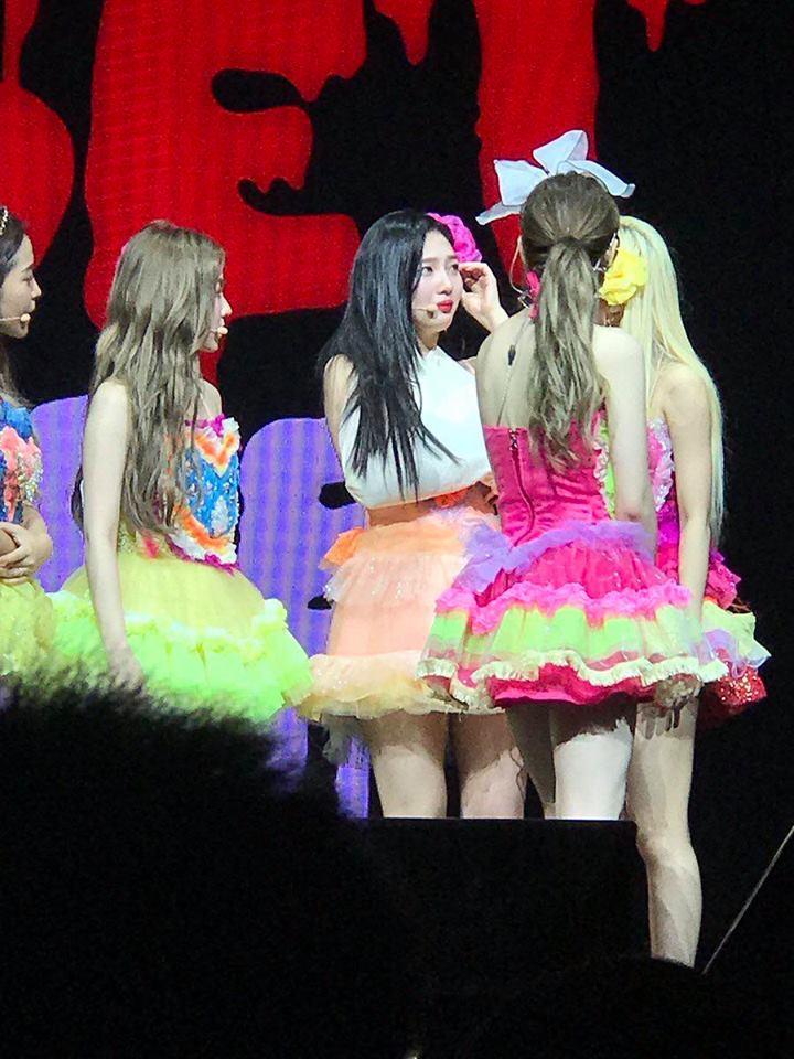 HOT: Joy (Red Velvet) nhập viện giữa concert tại Singapore vì chấn thương-3