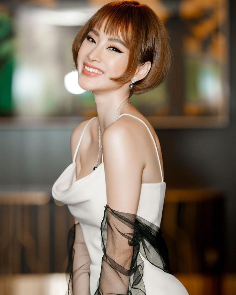 Angela Phương Trinh gây bất ngờ với mái tóc ngắn cá tính-1