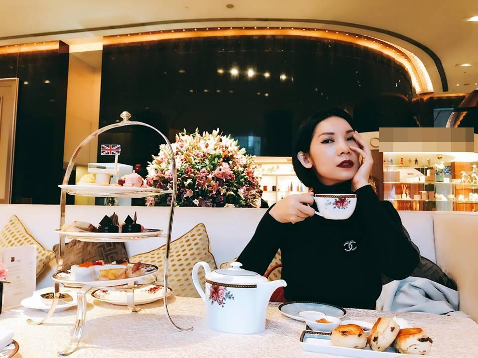 Angela Phương Trinh gây bất ngờ với mái tóc ngắn cá tính-10