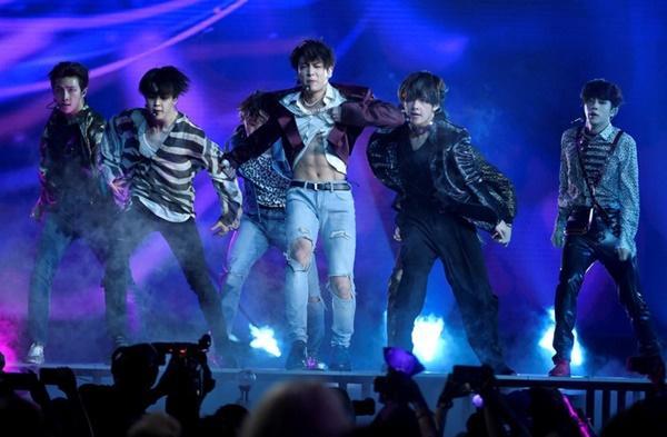 Fake love của BTS lập kỷ lục mới-2