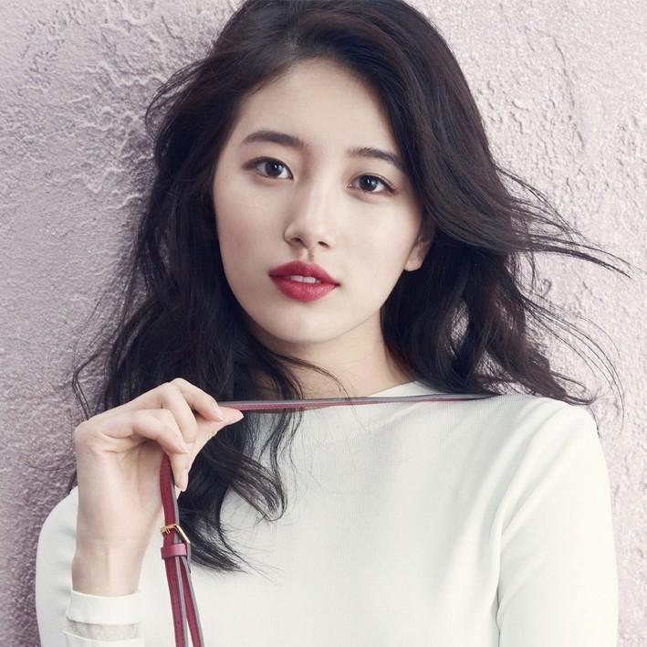Hậu duệ mặt trời Kim Ji Won chia sẻ hình ảnh giản dị ngày sinh nhật-7