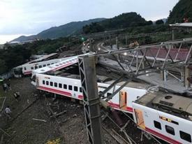 Đài Loan: Tàu trật khỏi đường ray, hơn 100 người thương vong