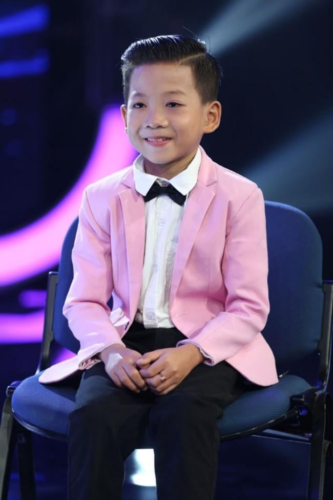 Cậu bé 11 tuổi được chọn ở Giọng hát Việt nhí chỉ là chiêu bài?-2