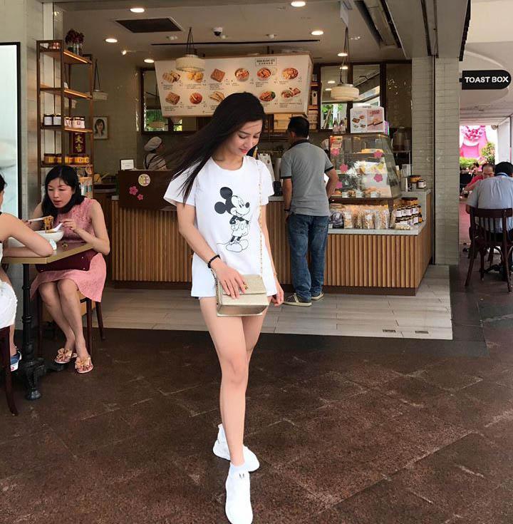 Bạn gái Hồ Việt Trung: Hạn chế hở hang dù ít khi bị bạn trai nhắc nhở-5