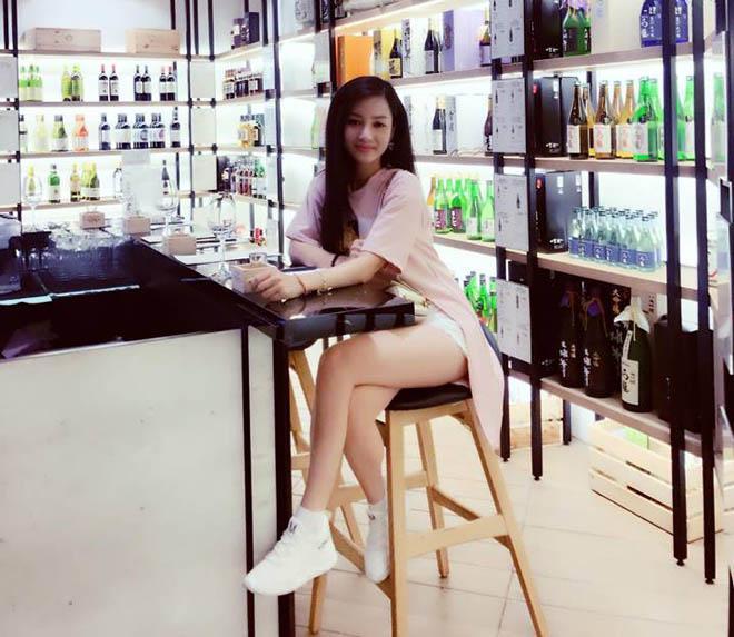Bạn gái Hồ Việt Trung: Hạn chế hở hang dù ít khi bị bạn trai nhắc nhở-8