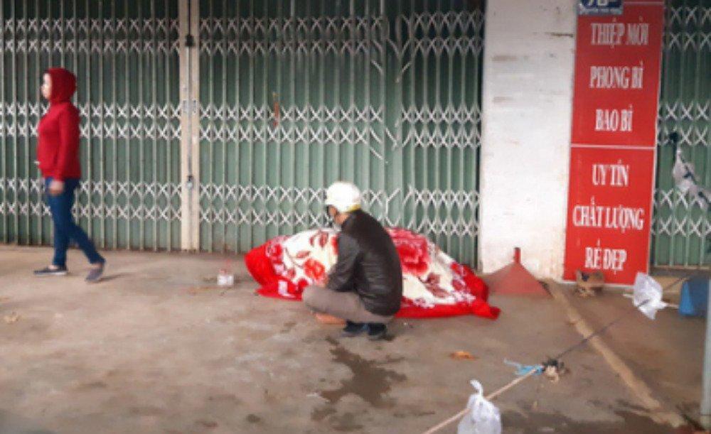 Đắk Lắk: 2 cô gái chết ngạt trong cửa hàng hoa bị thiêu rụi-4