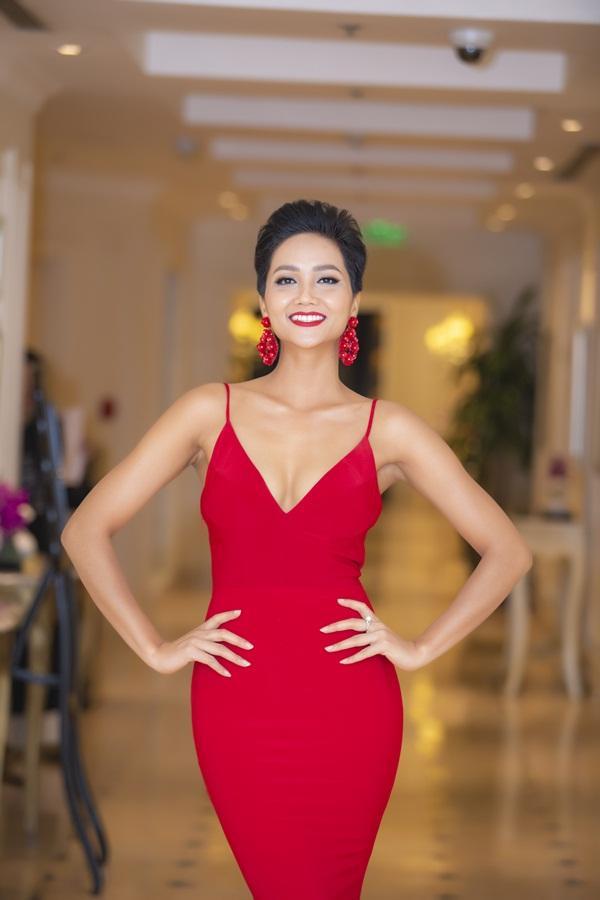 Hoa hậu HHen Niê: Tôi không loay hoay mà đang tự trải nghiệm để tìm vẻ đẹp phù hợp nhất-2