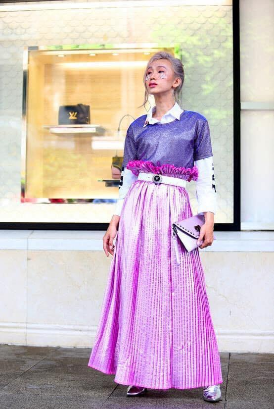 Giới trẻ chào sân Vietnam International Fashion Week bằng loạt street style không thể ĐỘC DỊ hơn-8