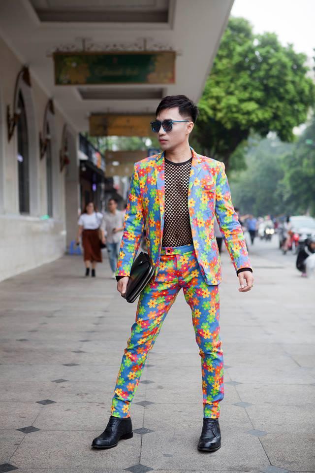 Giới trẻ chào sân Vietnam International Fashion Week bằng loạt street style không thể ĐỘC DỊ hơn-6