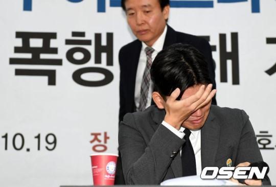 Nhóm nhạc Kpop đâm đơn kiện nhà sản xuất vì tội bạo hành-2