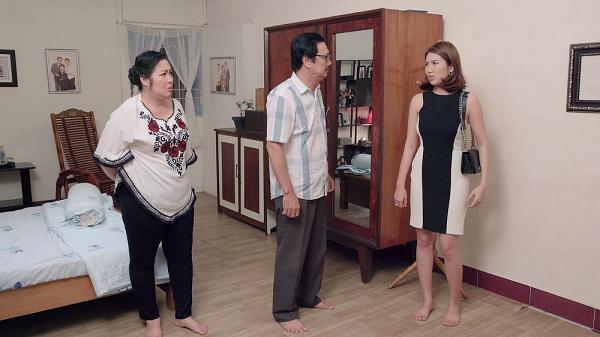 Gạo nếp gạo tẻ tập 73: Bà Mai khóc hết nước mắt tha thiết cầu xin Kiệt đừng ly hôn Hân-8
