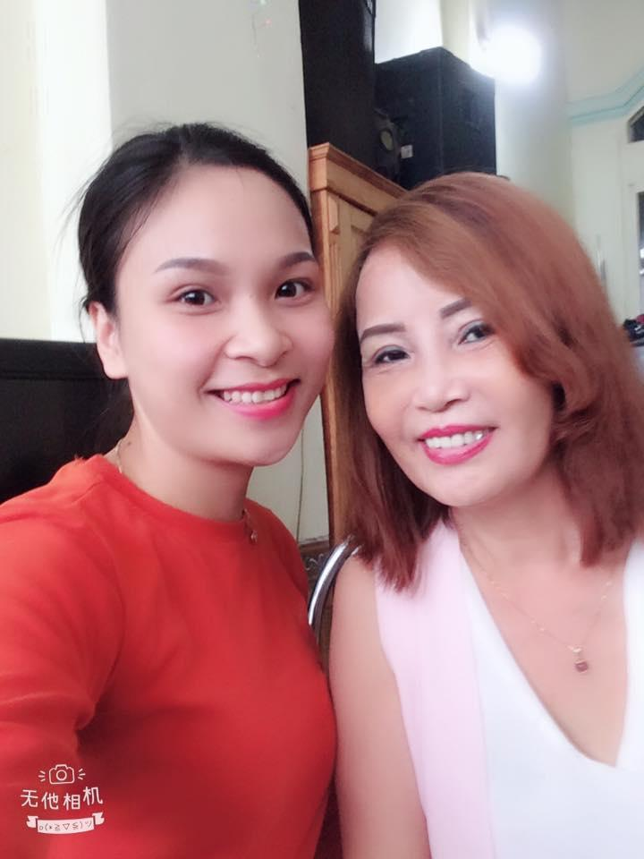 Vừa về đến Cao Bằng đã khoe da đẹp, cô dâu 61 tuổi khiến dân mạng tấm tắc: Trẻ quá không nhận ra-2