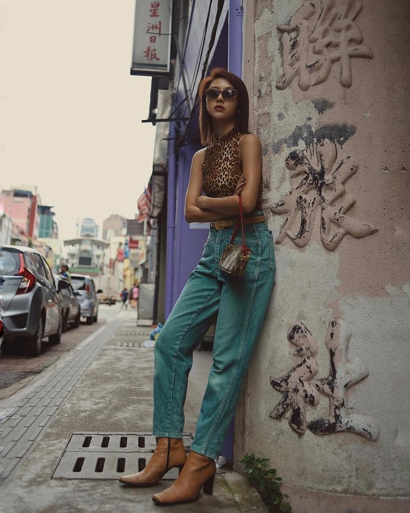 Gil Lê - Phí Phương Anh khoe streetwear cực chất ở SFW - Thúy Vi vẫn trung thành với style phô da thịt-7