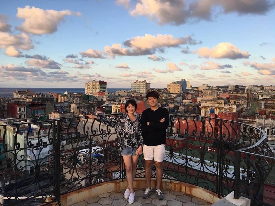 Song Hye Kyo chia sẻ hình ảnh tóc ngắn tươi trẻ và vô cùng giản dị ở Cuba-2