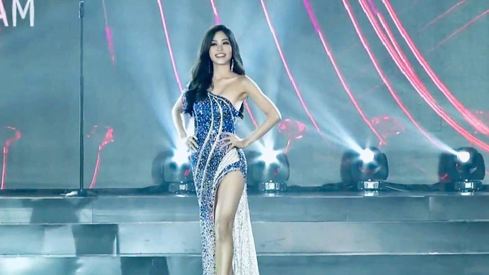 Bùi Phương Nga xử lý cực gọn pha xoay người chông chênh trong đêm bán kết Miss Grand 2018-4
