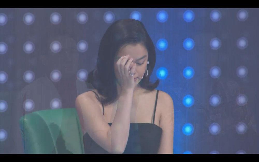 Phạm Quỳnh Anh rưng rưng nước mắt trước chàng trai có giọng hát giống Wanbi Tuấn Anh-2